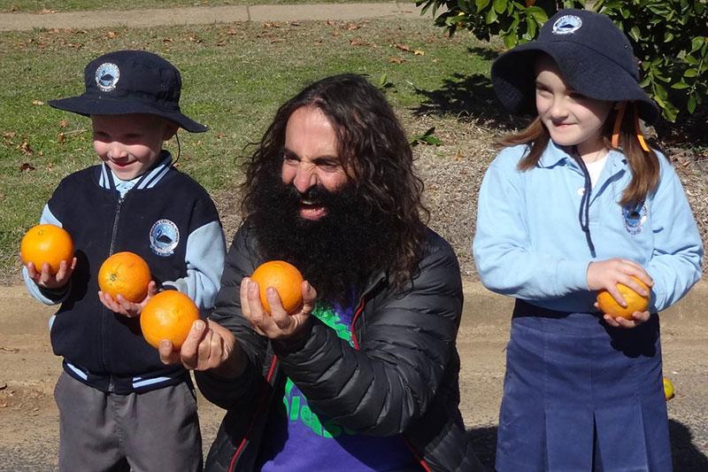 Bingara Orange Picking