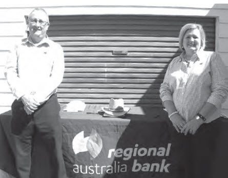 Regional Australia Bank Business Development Managers Jon Izzard and Brenda Moon