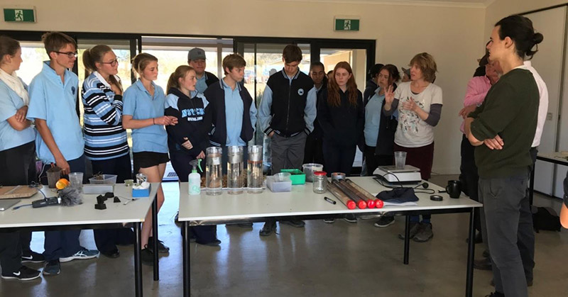Artists Dr Laura Fisher and Jono Bolitho share ideas about measuring carbon and water with students.