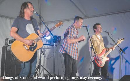 Things of Stone and Wood performing in Bingara.